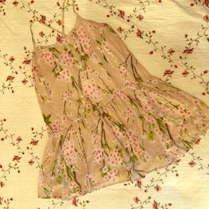 Dresses & Skirts - Cherry blossom dress 🌸